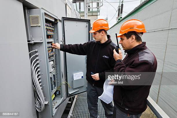 Maintenance work and testing of power transformers in the electrical substation of Vieselbach which is run by the transmission system operator 50Hertz