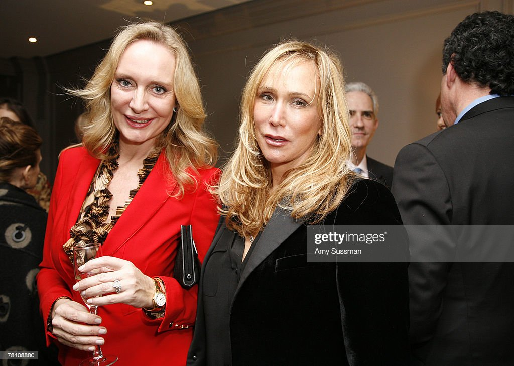 Maire Claire Gladstone (L) and Patti Raynes Davis (R) attend the Leviev Diamonds and Elite Traveler holiday cocktail party at Leviev Diamonds December 11, 2007 in New York City.