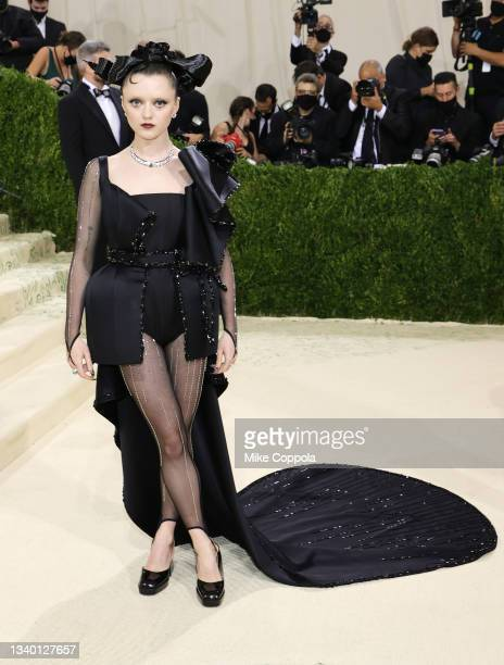Maisie Williams attends The 2021 Met Gala Celebrating In America: A Lexicon Of Fashion at Metropolitan Museum of Art on September 13, 2021 in New...