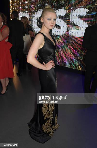 Maisie Williams attends the 24th GQ Men of the Year Awards in association with BOSS at Tate Modern on September 1, 2021 in London, England.