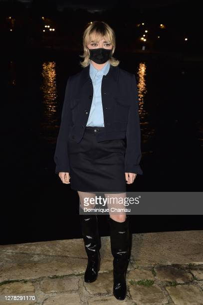 Maisie Williams attends the Ami Alexandre Mattiussi Womenswear Spring/Summer 2021 show as part of Paris Fashion Week on October 03, 2020 in Paris,...