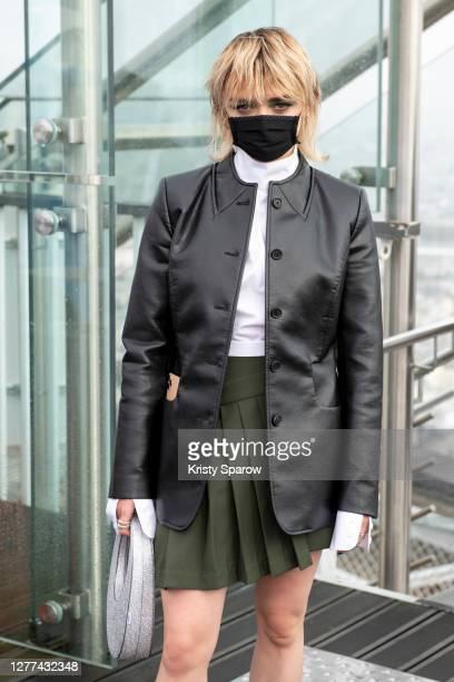 Maisie Williams attends the Coperni Womenswear Spring/Summer 2021 show as part of Paris Fashion Week on September 29, 2020 in Paris, France.