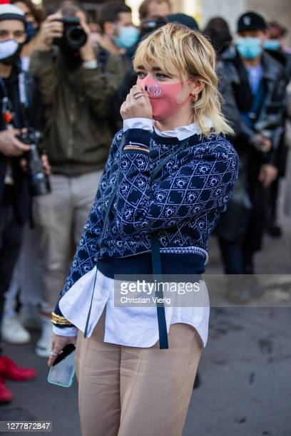 Maisie Williams is seen outside Chloe during Paris Fashion Week - Womenswear Spring Summer 2021 : Day Four on October 01, 2020 in Paris, France.