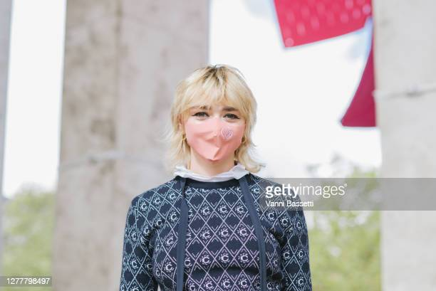Maisie Williams poses wearing Chloe after the Chloe show at the Palais de Tokyo during Paris Fashion Week - Womenswear Spring Summer 2021 on October...