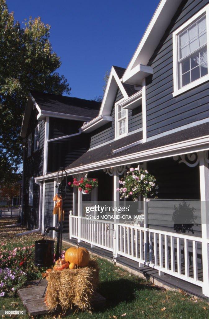 Maison De Kleinburg Décorée Pour Halloween Au Canada : News Photo