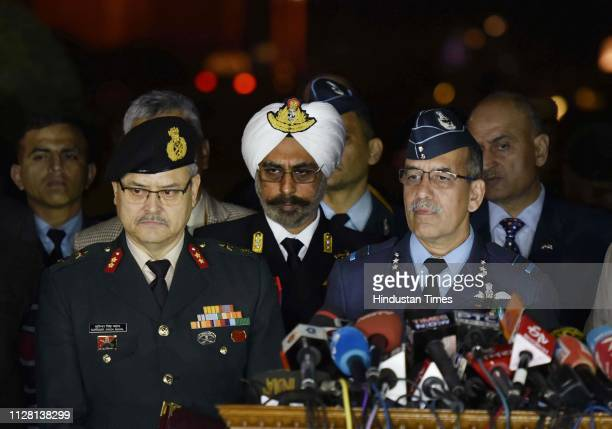 Maj Gen Surinder Singh Mahal Rear Admiral Dalbir Singh Gujral and Air Vice Marshal RGK Kapoor at a military press conference at South Block on...