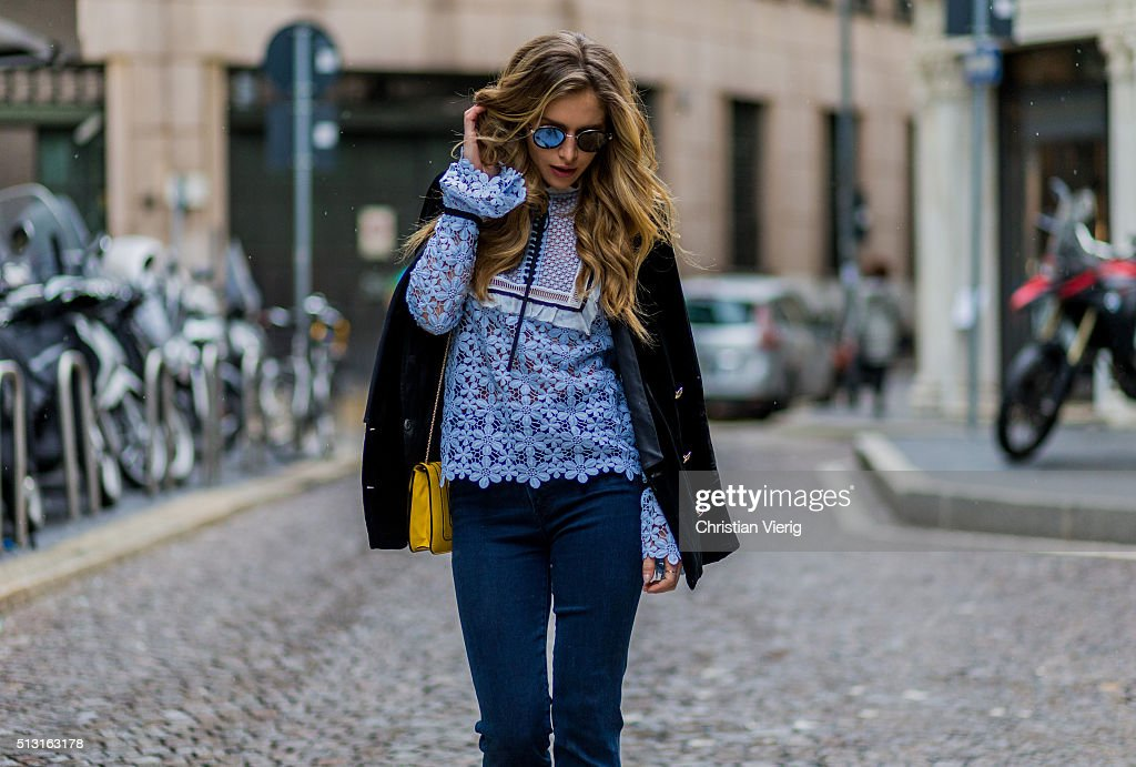 Street Style: February 29 - Milan Fashion Week Fall/Winter 2016/17 : News Photo