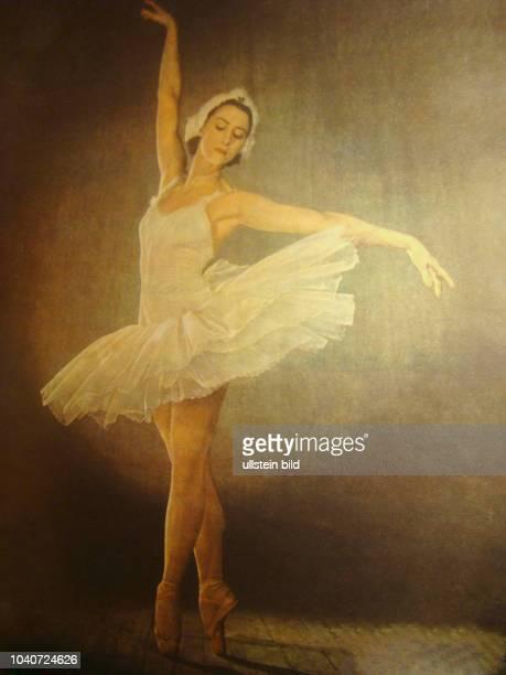 Maja Michailowna Plissezkaja , russische Balletttänzerin und Choreografin, Primaballerina des Bolschoi-Theaters als Odette im Ballett Schwanensee zur...