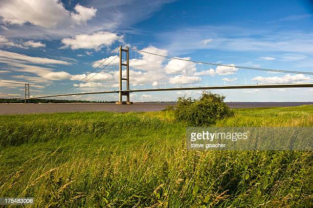 majestic humber bridge - kingston upon hull stock pictures, royalty-free photos & images