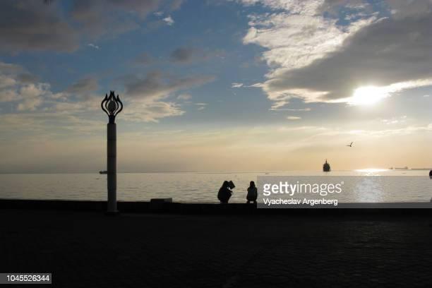 majestic sunset in manila bay - argenberg fotografías e imágenes de stock
