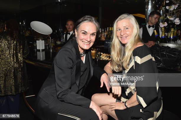 Majo Fulthof Humer and Ester Velo attend Galerie Gmurzynska TEFAF NY dinner in honor of Christo honoring Alexandre de Betak on May 2 2017 in New York...