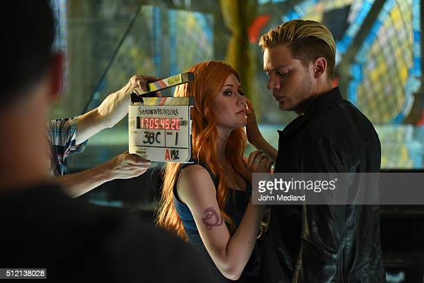 SHADOWHUNTERS 'Major Arcana' With the knowledge of where The Mortal Cup is Clary and the team race to get it before anyone else beats them to it in...