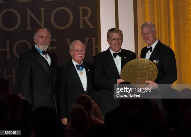 Major Drew Dix US Army Medal of Honor recipient Colonel Barney Barnum US Marine Corps Medal of Honor recipient David J McIntyre Jr Spirit of the USO...