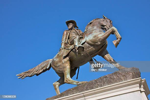 major general j.e.b. stuart monument, monument avenue, downtown richmond, virginia, usa - confederate army stock pictures, royalty-free photos & images