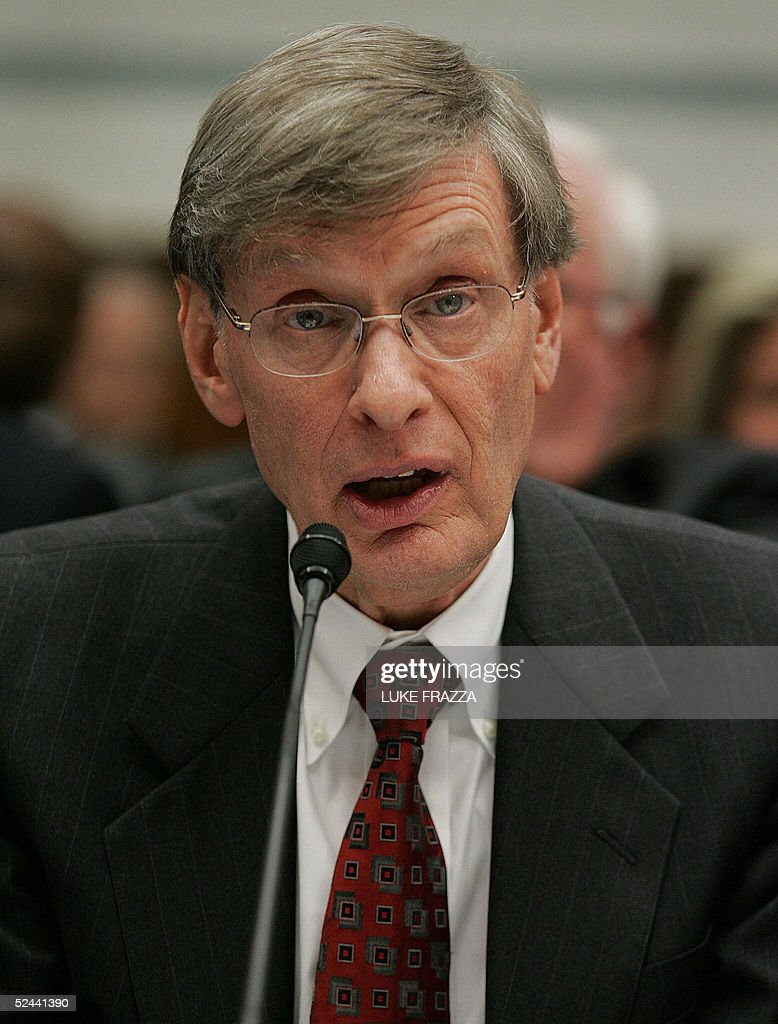 Major League Baseball Commissioner Bud Selig testifies before the US House Committee on Government Reform 17 March 2005 on Capitol Hill in Washington, DC. The committee is looking into the use of steroids by Major League Baseball players. AFP Photo/Luke FRAZZA
