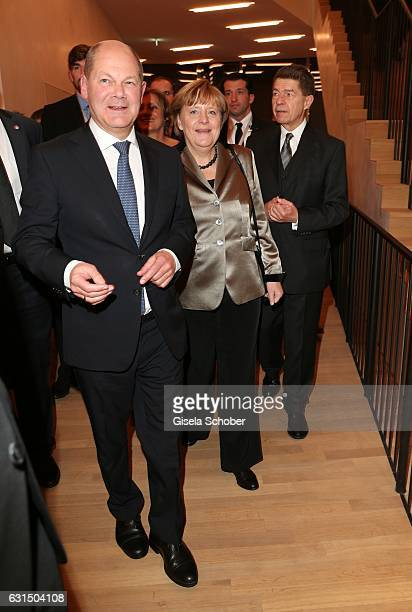 Major Olaf Scholz German Chancellor Angela Merkel and her husband Prof Joachim Sauer during the opening concert of the Elbphilharmonie concert hall...