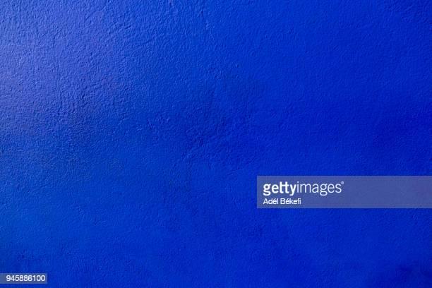 majorelle blue wall - maroc photos et images de collection