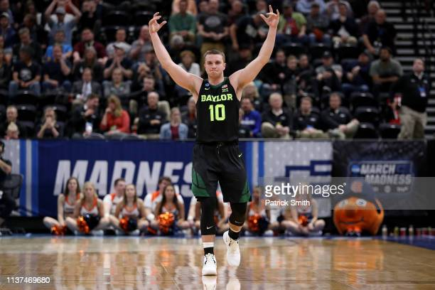 Makai Mason of the Baylor Bears celebrates their 7869 win over the Syracuse Orange in the first round of the 2019 NCAA Men's Basketball Tournament at...
