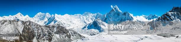 makalu barunste ama dablam nevadas del himalaya montaña picos panorama nepal - himalaya fotografías e imágenes de stock