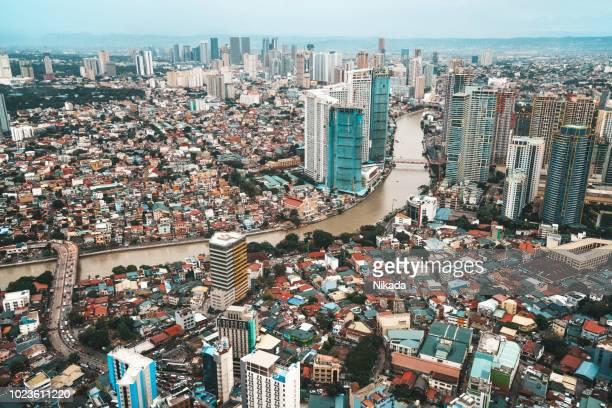 skyline von makati, metro manila - philippinen - hauptstadtregion stock-fotos und bilder