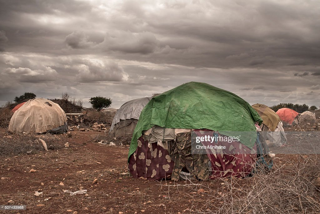 Make shift, temporary refugee shelters in Somalia at IDP Camp. : Stock Photo