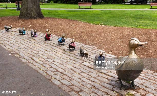 Make way for ducklings sculpture by Nancy Schon, Boston Public Garden, Boston, Massachusetts, USA