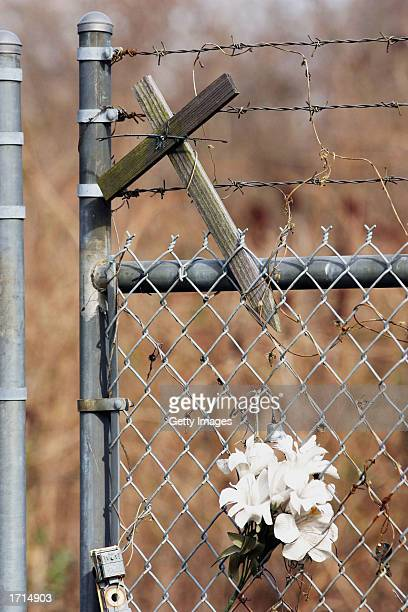 A makeshift memorial to the US Air 1016 crash is shown at Charlotte/Douglas International Airport January 8 2003 in Charlotte North Carolina A US...