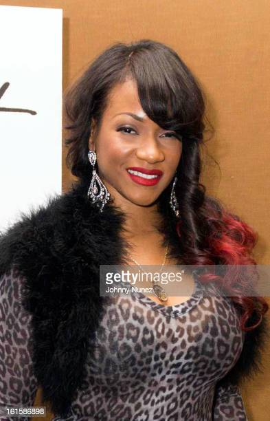 Makeup artist and photographer Robin V attends the 28th Annual Doing Art Together Benefit at the Mandarin Oriental Hotel on February 11 2013 in New...