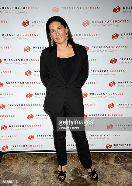 Makeup artist Bobbi Brown attends the 2009 Dress for Success Worldwide Gala at the Grand Hyatt at Grand Central Station on April 7, 2009 in New York...