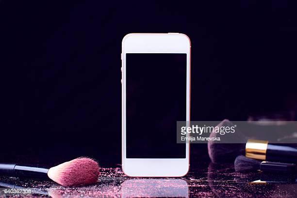 Make-up brushes and smart phone