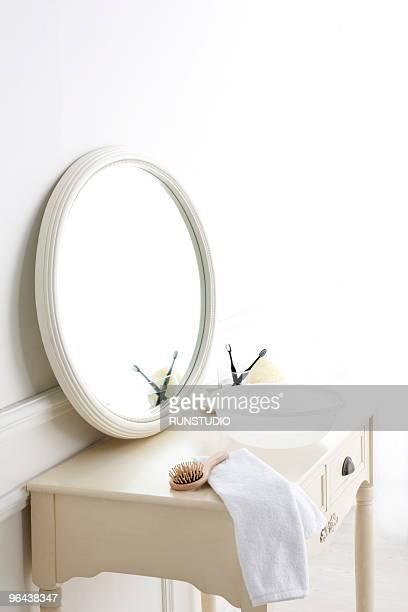 make-up cosmetics - bacia de lavagem imagens e fotografias de stock