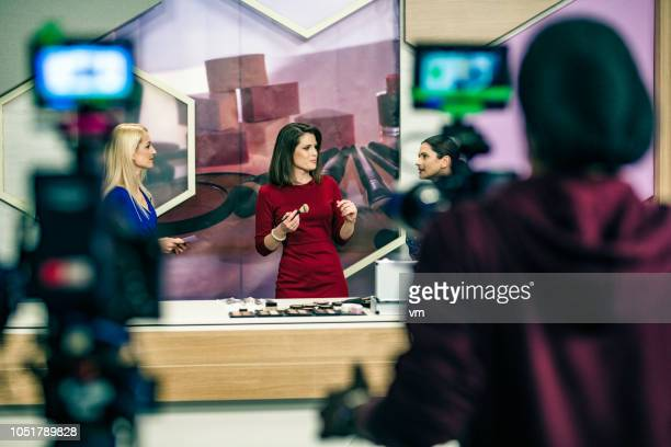 make-up tv infomercial filming - stage set stock pictures, royalty-free photos & images