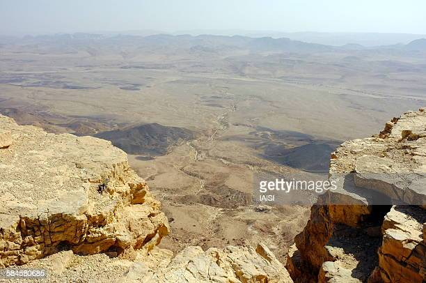 Makhtesh Ramon, the chasm and the crater