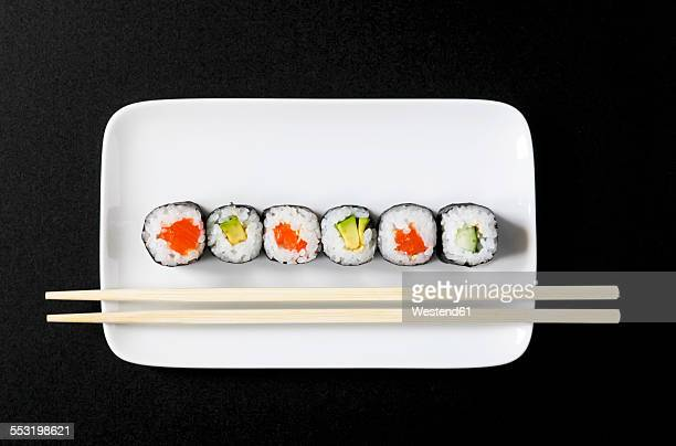 maki sushi on plate - maki sushi stock pictures, royalty-free photos & images