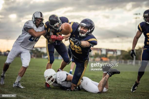 making a touchdown! - wide receiver athlete stock pictures, royalty-free photos & images