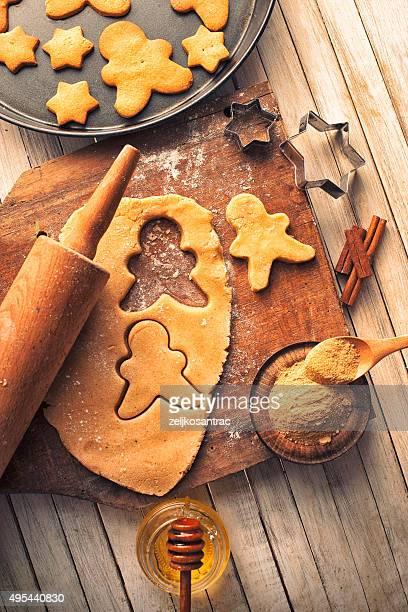 Faire des biscuits de Noël