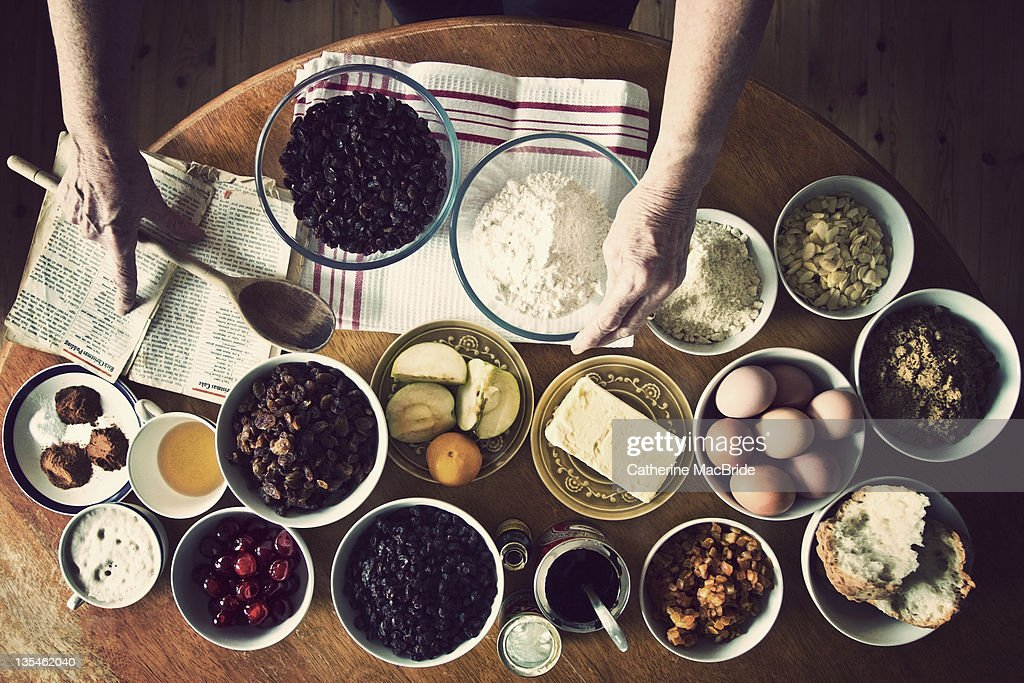 Making christmas pudding : Stock Photo