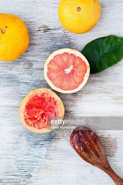 Making grapefruit juice