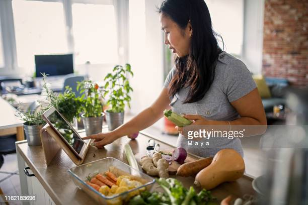 making healthy meal - recipe stock pictures, royalty-free photos & images