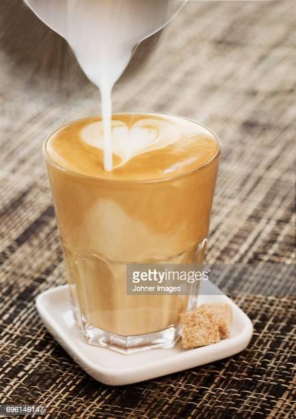 Making latte