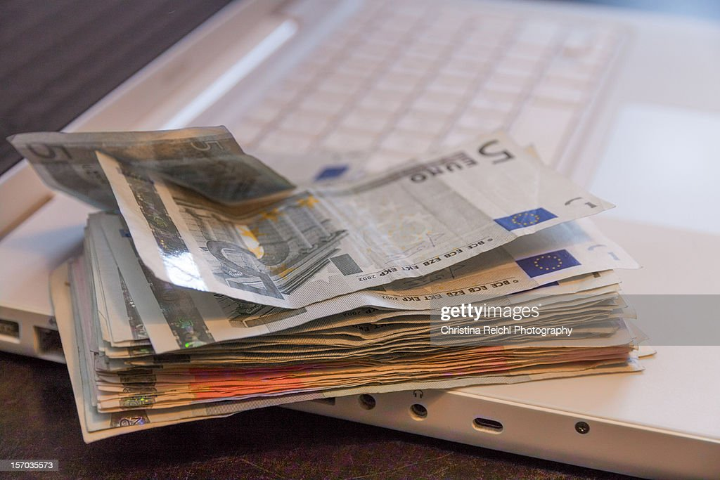 Making Money on the Internet : Stock Photo