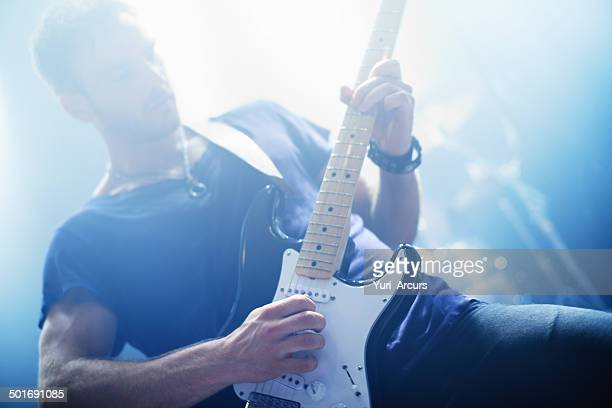 making music - lead singer stock pictures, royalty-free photos & images