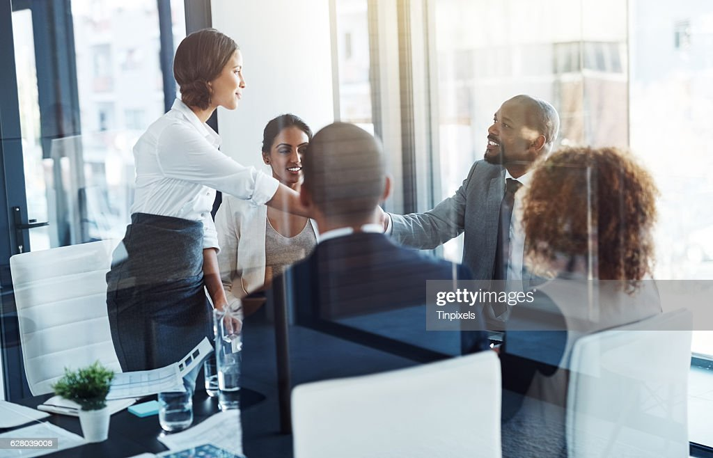 Making mutually beneficial deals : Stock Photo