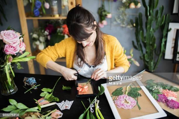 Fabrication de cadres de la fleurs embouti
