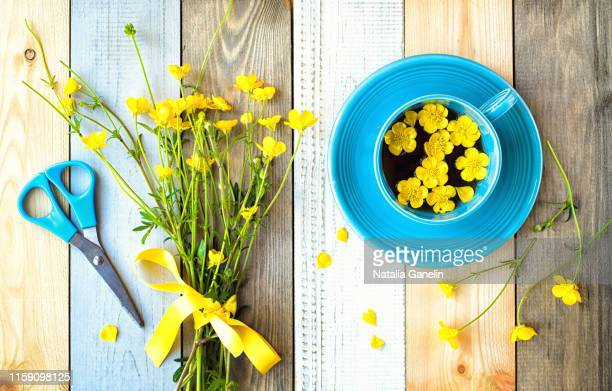 making summer bouquets - buttercup stock pictures, royalty-free photos & images