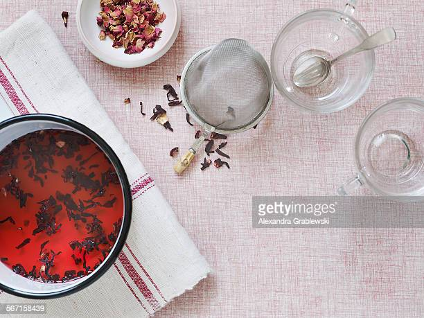 making tea - steeping stock pictures, royalty-free photos & images