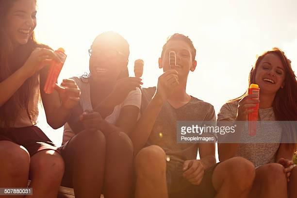 la más de verano de calor - hot teen fotografías e imágenes de stock