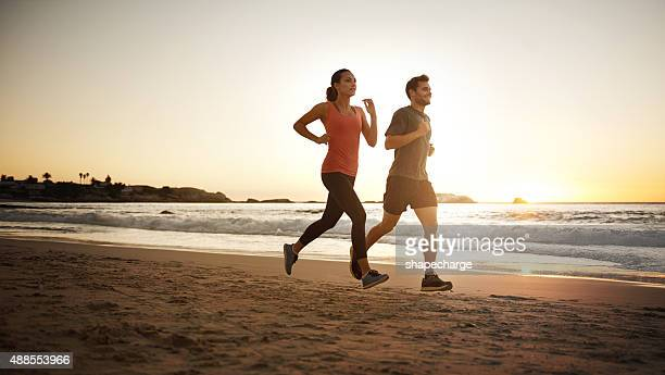 making their way towards fitness - healthy lifestyle stock pictures, royalty-free photos & images