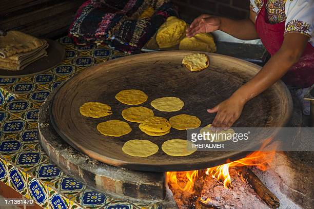 making tortillas - tortilla flatbread stock pictures, royalty-free photos & images
