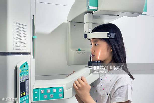 Che ai raggi x del paziente denti immagine